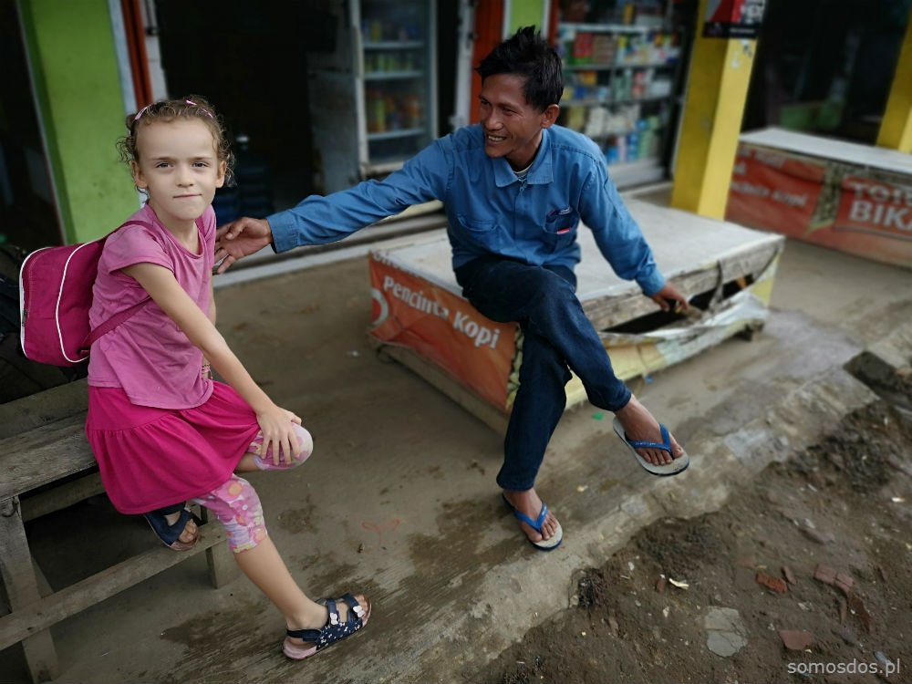 man and a girl, carita indonesia
