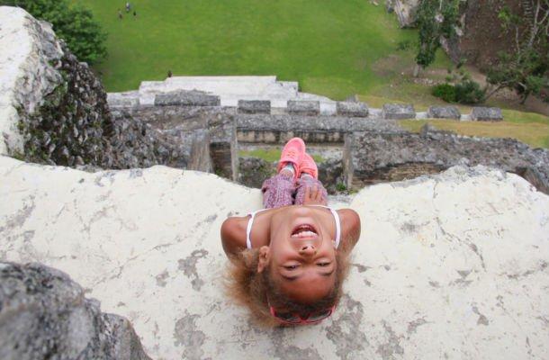 """Xunantunich czyli """"kamienna kobieta"""" w języku Majów. Na szczycie piramidy, Belize. Fot.: archiwum autorki."""
