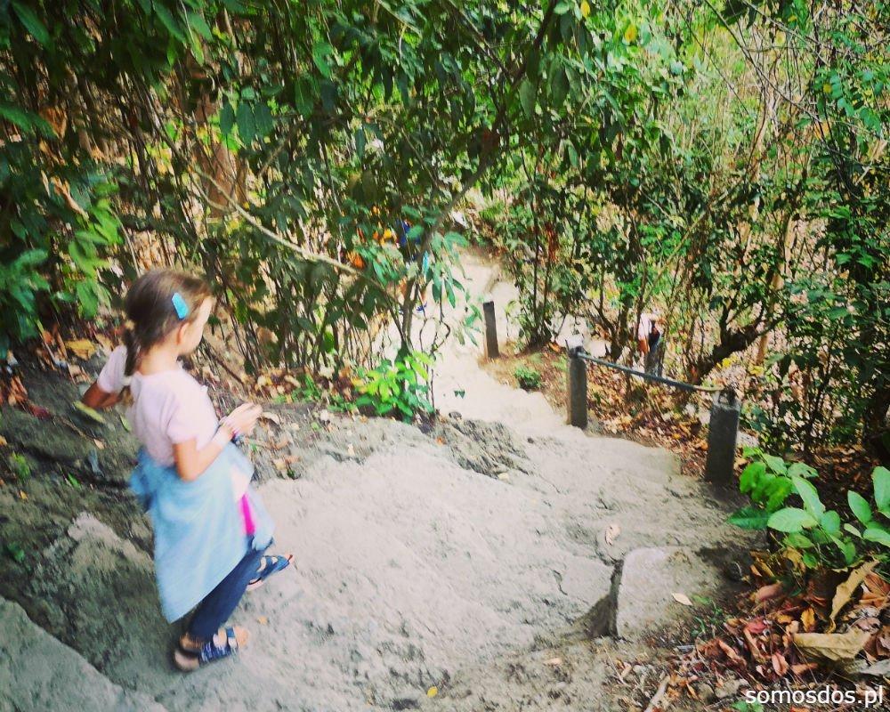 Wodospad Aling Aling Biegiem w d