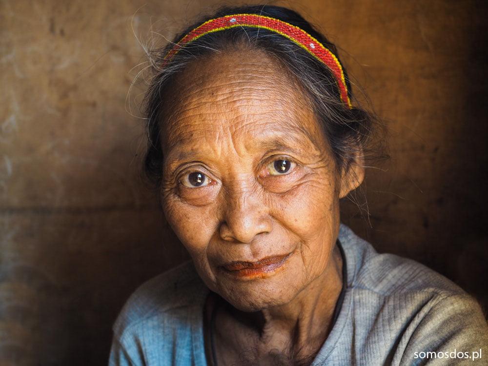 Mangyan's woman Hanonoo Unip
