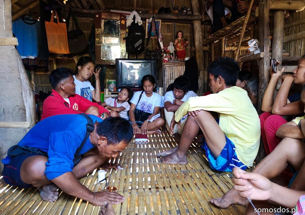 Kuya Mangyan chewing betel