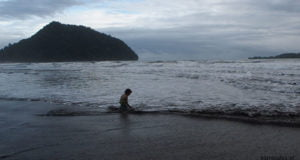 gaja nad oceanem, lamno, aceh indonezja