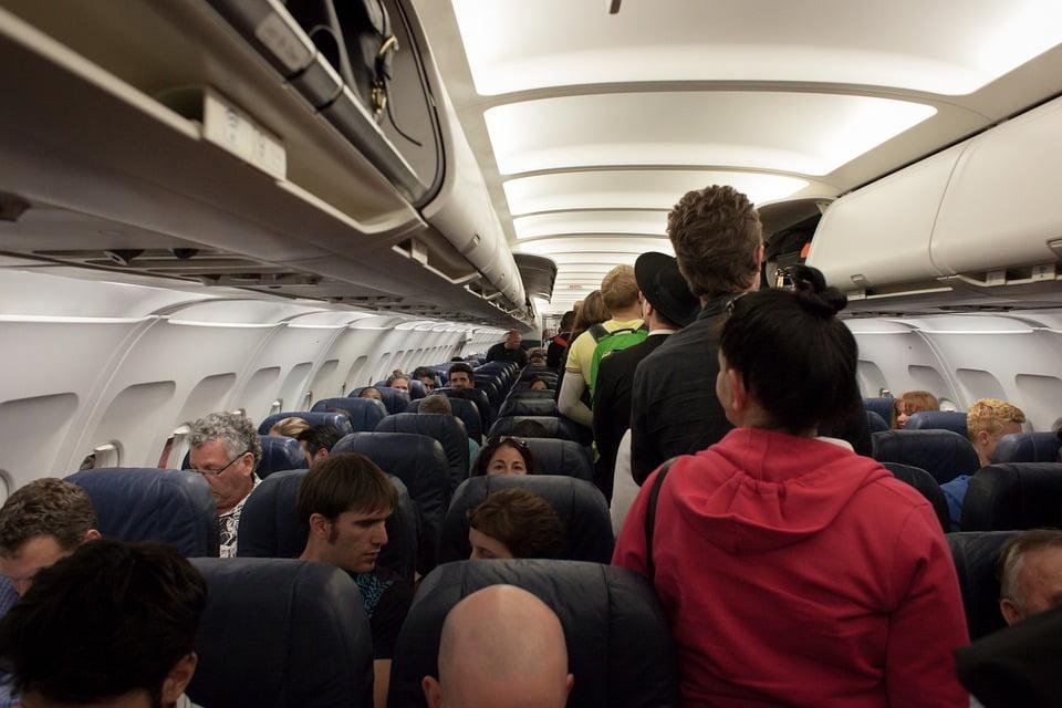 jak znaleść tanie bilety lotnicze